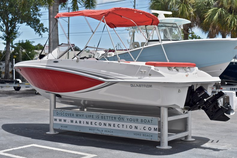Thumbnail 5 for Used 2014 Glastron GT185 Bowrider boat for sale in Fort Lauderdale, FL