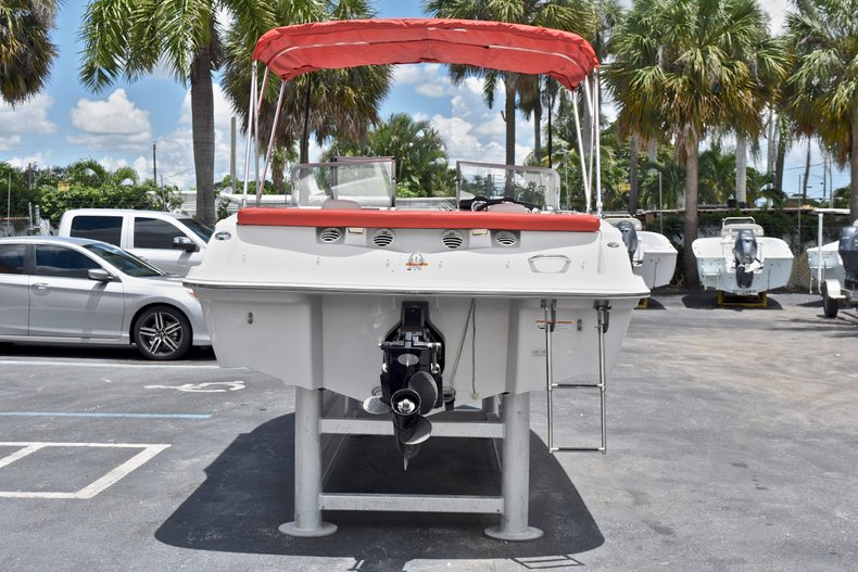 Thumbnail 6 for Used 2014 Glastron GT185 Bowrider boat for sale in Fort Lauderdale, FL