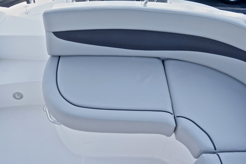 Thumbnail 19 for New 2018 Hurricane 203 SunDeck Sport OB boat for sale in Fort Lauderdale, FL