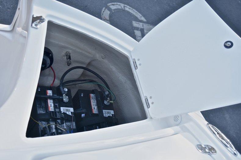 Thumbnail 17 for New 2018 Hurricane 203 SunDeck Sport OB boat for sale in West Palm Beach, FL