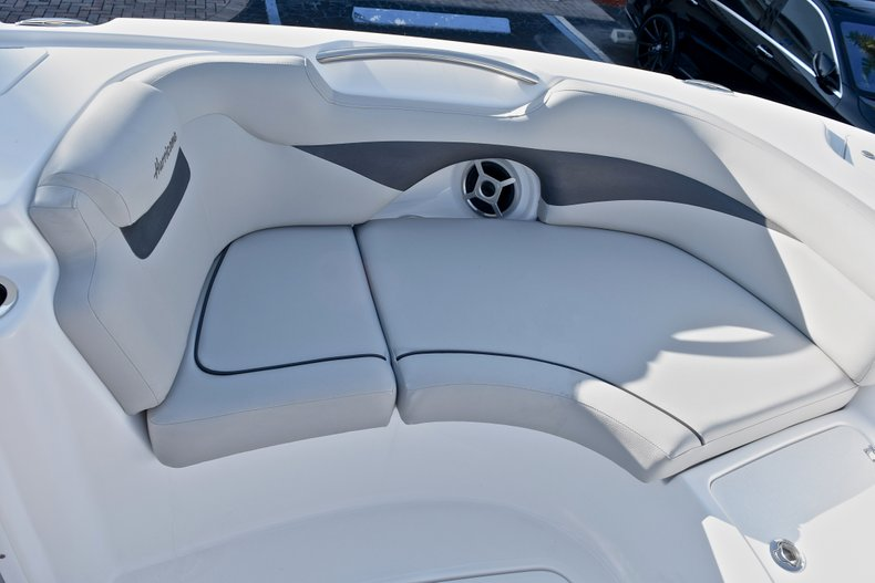 Thumbnail 43 for New 2018 Hurricane 203 SunDeck Sport OB boat for sale in Fort Lauderdale, FL