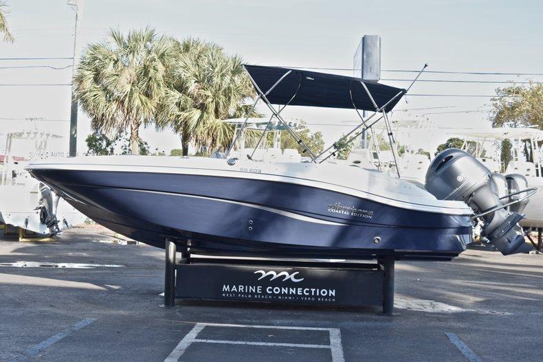 Thumbnail 4 for New 2018 Hurricane 203 SunDeck Sport OB boat for sale in West Palm Beach, FL