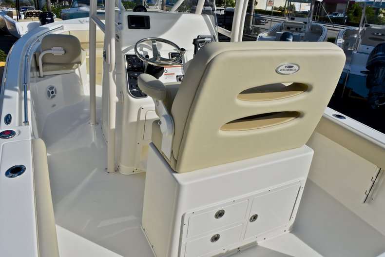 Thumbnail 10 for New 2018 Cobia 220 Center Console boat for sale in Fort Lauderdale, FL