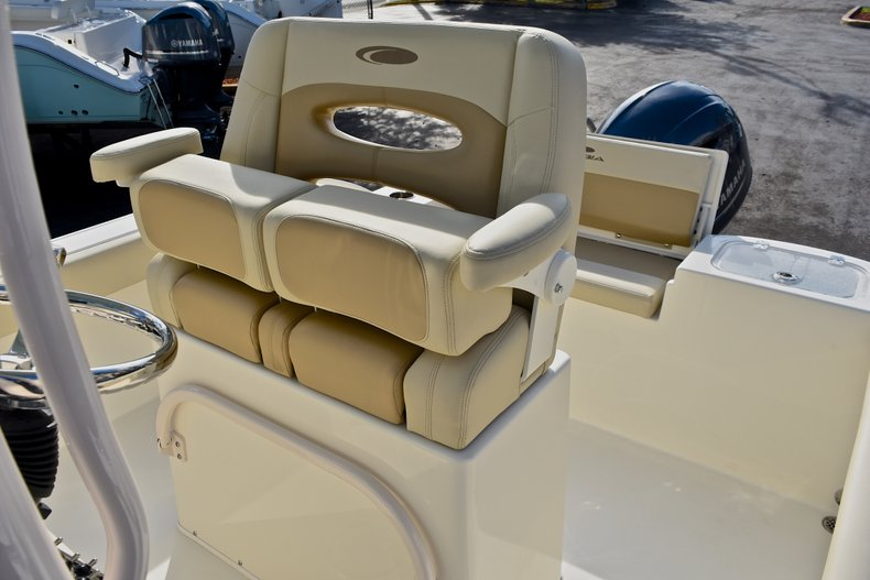 Thumbnail 20 for New 2018 Cobia 220 Center Console boat for sale in Fort Lauderdale, FL