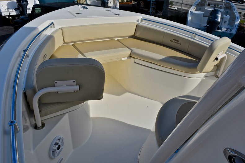 Thumbnail 34 for New 2018 Cobia 220 Center Console boat for sale in Fort Lauderdale, FL