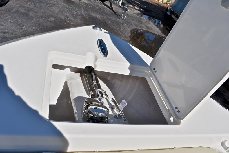 Thumbnail 46 for New 2018 Cobia 220 Center Console boat for sale in Fort Lauderdale, FL