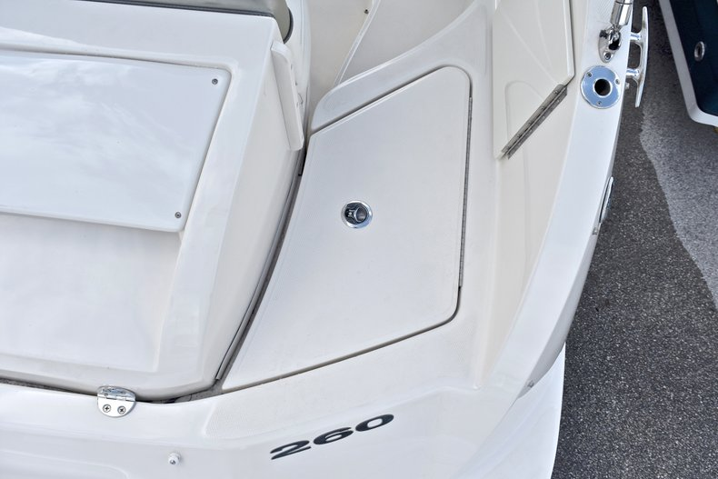 Thumbnail 13 for Used 2007 Sea Ray 260 Sundeck boat for sale in Fort Lauderdale, FL
