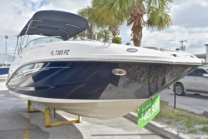 Thumbnail 3 for Used 2007 Sea Ray 260 Sundeck boat for sale in Fort Lauderdale, FL