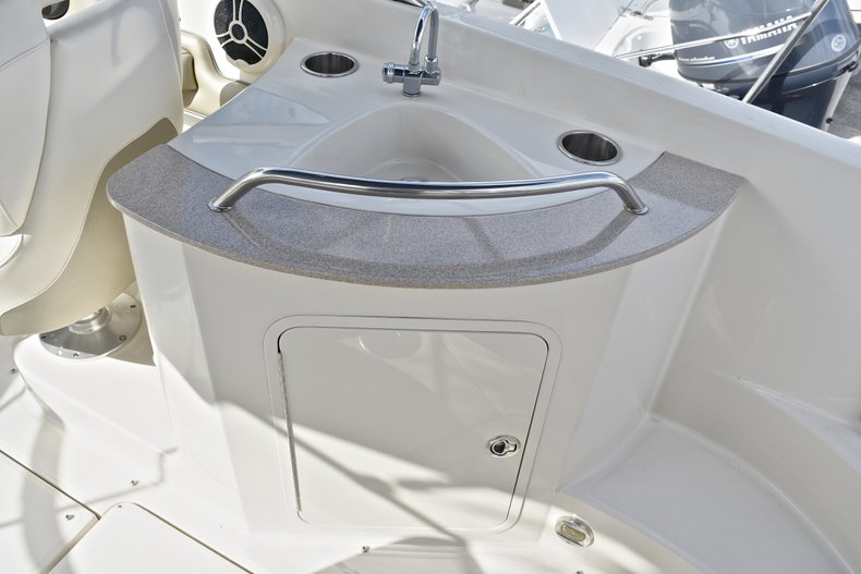 Thumbnail 25 for Used 2007 Sea Ray 260 Sundeck boat for sale in Fort Lauderdale, FL