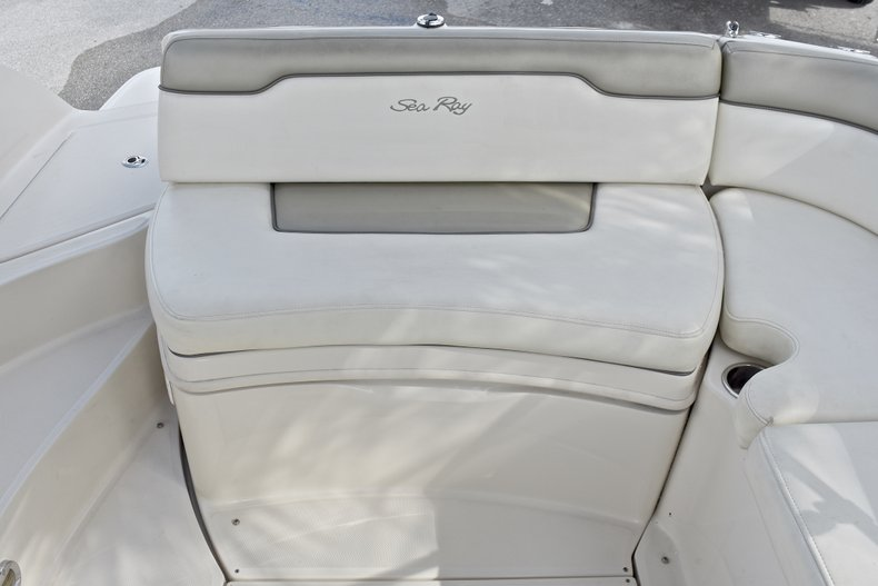 Thumbnail 17 for Used 2007 Sea Ray 260 Sundeck boat for sale in Fort Lauderdale, FL