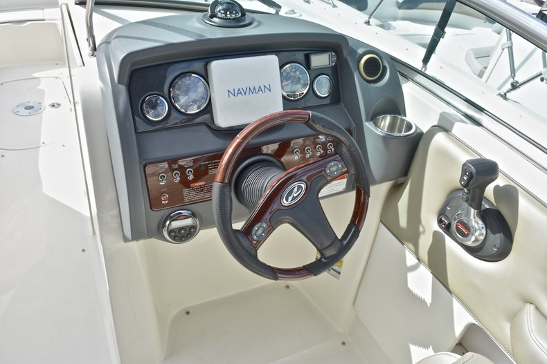Thumbnail 33 for Used 2007 Sea Ray 260 Sundeck boat for sale in Fort Lauderdale, FL