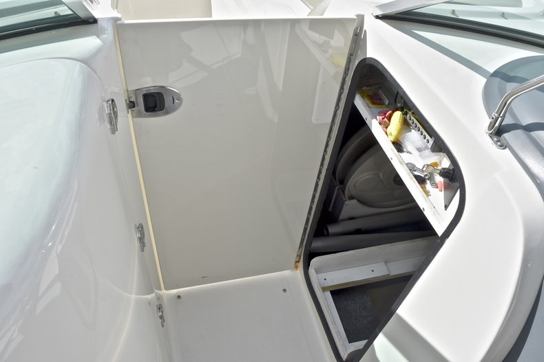 Thumbnail 45 for Used 2007 Sea Ray 260 Sundeck boat for sale in Fort Lauderdale, FL