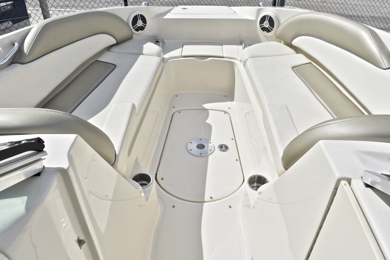 Thumbnail 48 for Used 2007 Sea Ray 260 Sundeck boat for sale in Fort Lauderdale, FL