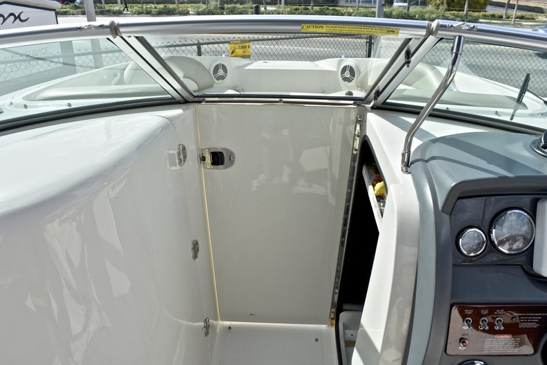 Thumbnail 47 for Used 2007 Sea Ray 260 Sundeck boat for sale in Fort Lauderdale, FL