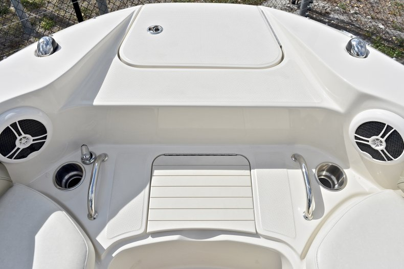 Thumbnail 55 for Used 2007 Sea Ray 260 Sundeck boat for sale in Fort Lauderdale, FL