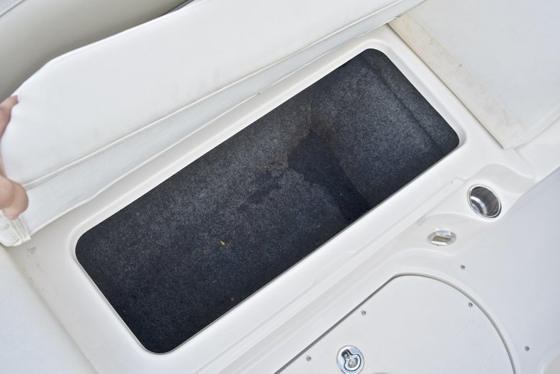 Thumbnail 54 for Used 2007 Sea Ray 260 Sundeck boat for sale in Fort Lauderdale, FL