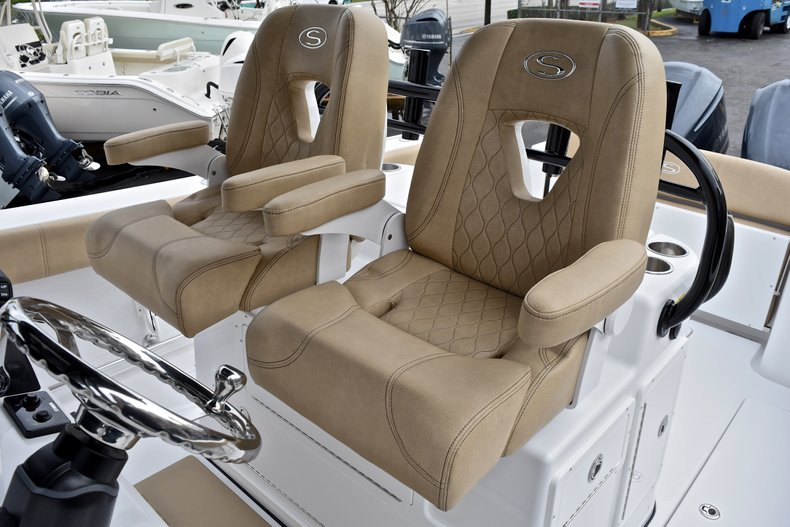 Thumbnail 40 for New 2018 Sportsman Open 312 Center Console boat for sale in Fort Lauderdale, FL
