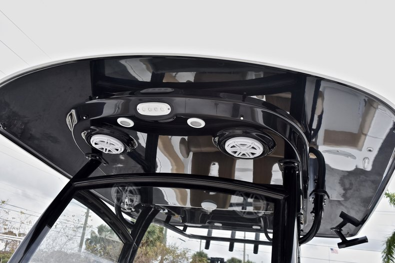 Thumbnail 54 for New 2018 Sportsman Open 312 Center Console boat for sale in Fort Lauderdale, FL