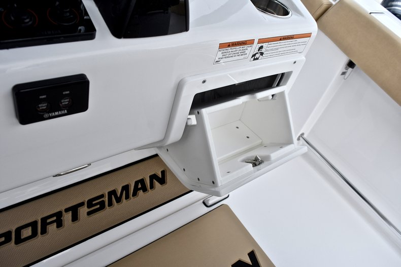 Thumbnail 69 for New 2018 Sportsman Open 312 Center Console boat for sale in Fort Lauderdale, FL