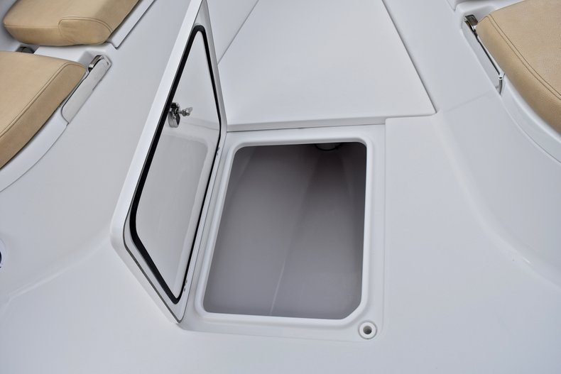 Thumbnail 78 for New 2018 Sportsman Open 312 Center Console boat for sale in Fort Lauderdale, FL