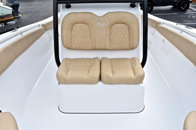 Thumbnail 76 for New 2018 Sportsman Open 312 Center Console boat for sale in Fort Lauderdale, FL