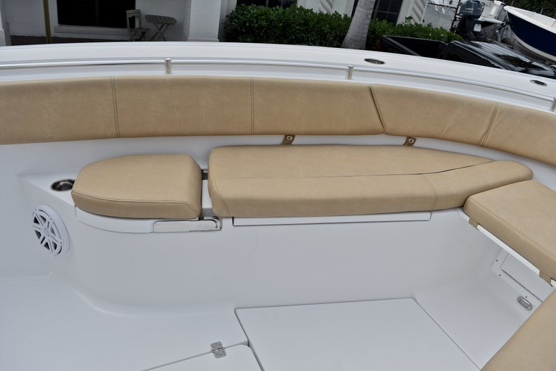 Thumbnail 79 for New 2018 Sportsman Open 312 Center Console boat for sale in Fort Lauderdale, FL