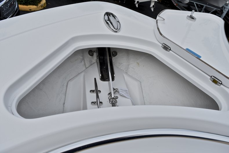 Thumbnail 91 for New 2018 Sportsman Open 312 Center Console boat for sale in Fort Lauderdale, FL