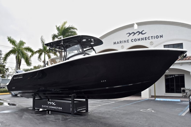 Thumbnail 1 for New 2018 Sportsman Open 312 Center Console boat for sale in Fort Lauderdale, FL