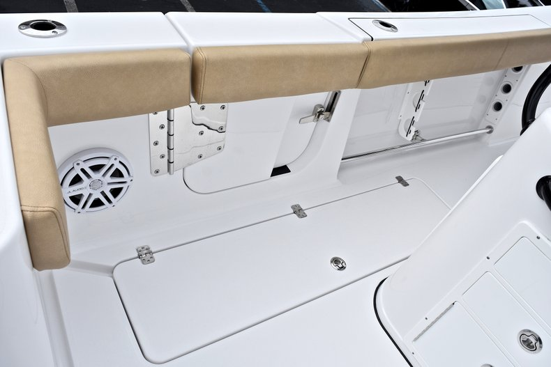 Thumbnail 22 for New 2018 Sportsman Open 312 Center Console boat for sale in Fort Lauderdale, FL