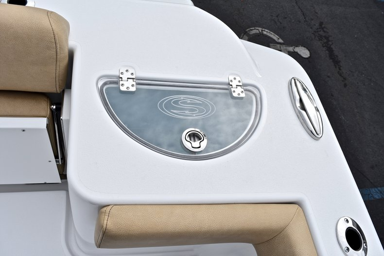 Thumbnail 18 for New 2018 Sportsman Open 312 Center Console boat for sale in Fort Lauderdale, FL