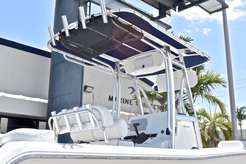Thumbnail 7 for Used 2015 Sea Hunt 211 Ultra boat for sale in Fort Lauderdale, FL