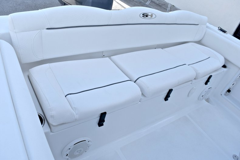 Thumbnail 11 for Used 2015 Sea Hunt 211 Ultra boat for sale in Fort Lauderdale, FL