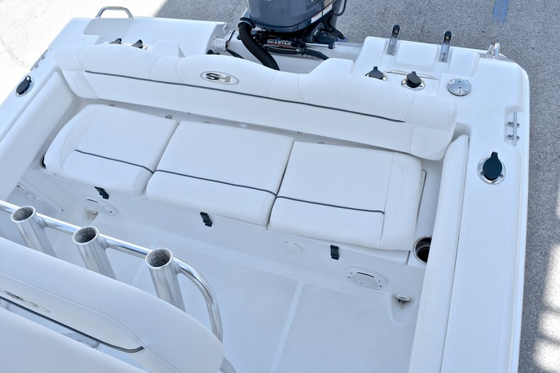 Thumbnail 9 for Used 2015 Sea Hunt 211 Ultra boat for sale in Fort Lauderdale, FL