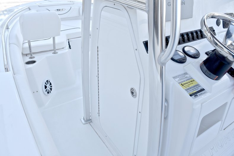 Thumbnail 37 for Used 2015 Sea Hunt 211 Ultra boat for sale in Fort Lauderdale, FL
