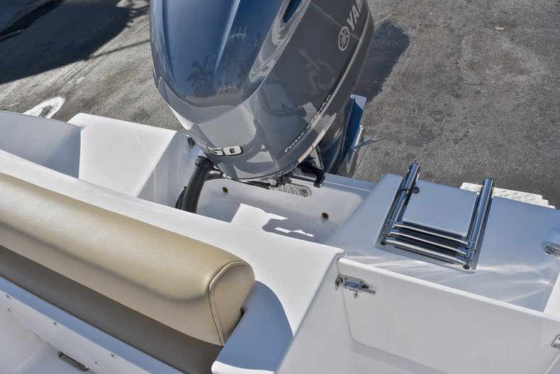 Thumbnail 11 for New 2018 Sportsman Open 232 Center Console boat for sale in Fort Lauderdale, FL