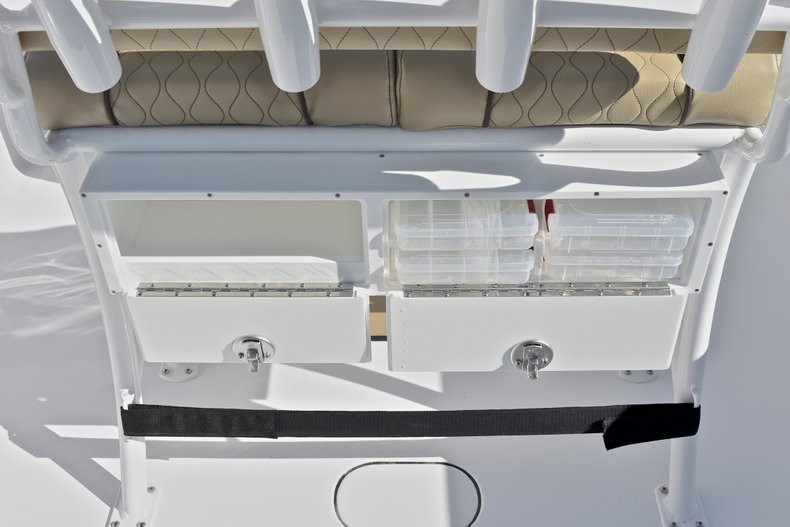 Thumbnail 23 for New 2018 Sportsman Open 232 Center Console boat for sale in Fort Lauderdale, FL