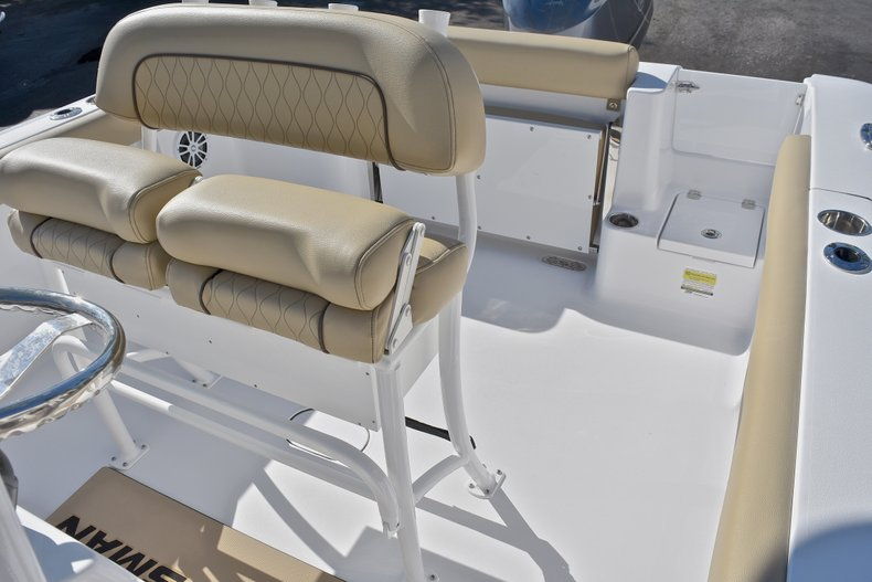 Thumbnail 24 for New 2018 Sportsman Open 232 Center Console boat for sale in Fort Lauderdale, FL