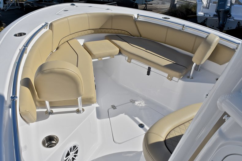 Thumbnail 42 for New 2018 Sportsman Open 232 Center Console boat for sale in Fort Lauderdale, FL