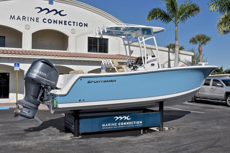 Thumbnail 7 for New 2018 Sportsman Open 232 Center Console boat for sale in Fort Lauderdale, FL
