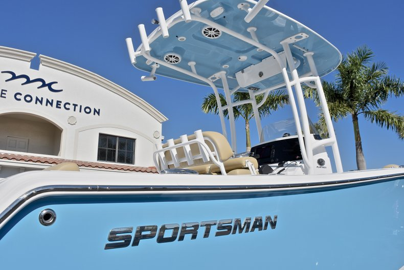 Thumbnail 8 for New 2018 Sportsman Open 232 Center Console boat for sale in Fort Lauderdale, FL