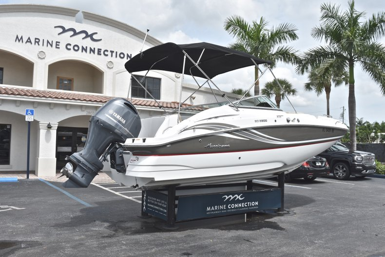 Thumbnail 7 for Used 2016 Hurricane SunDeck SD 2200 OB boat for sale in Fort Lauderdale, FL