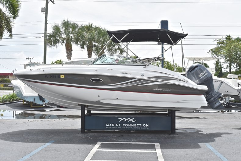 Thumbnail 4 for Used 2016 Hurricane SunDeck SD 2200 OB boat for sale in Fort Lauderdale, FL
