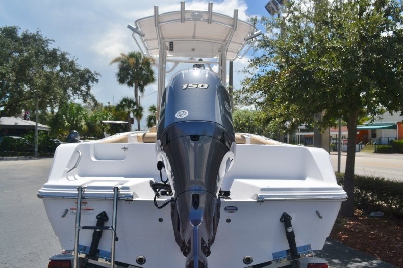 Thumbnail 4 for New 2019 Sportsman Open 212 Center Console boat for sale in Fort Lauderdale, FL