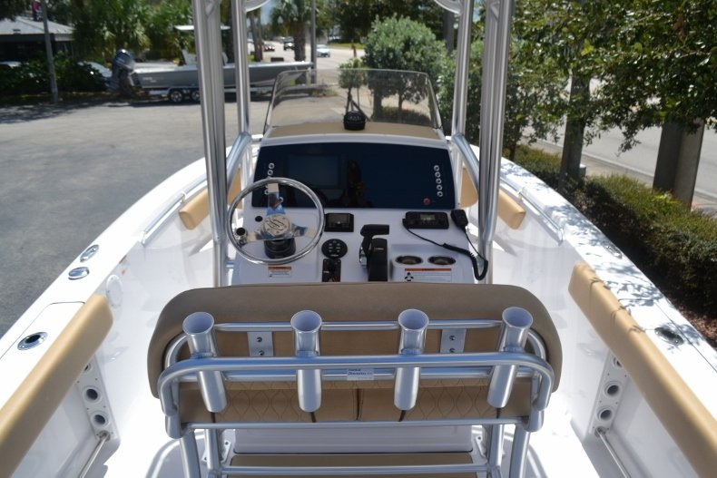 Thumbnail 9 for New 2019 Sportsman Open 212 Center Console boat for sale in Fort Lauderdale, FL