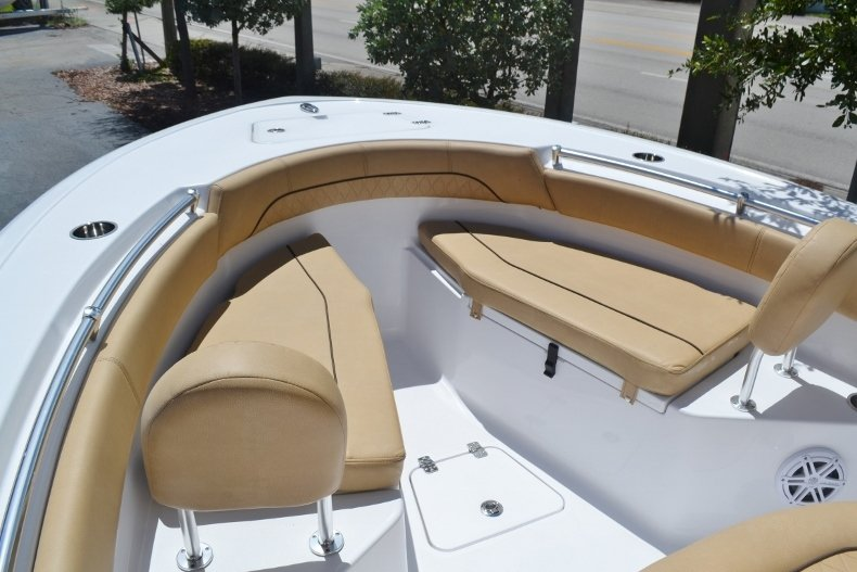 Thumbnail 12 for New 2019 Sportsman Open 212 Center Console boat for sale in Fort Lauderdale, FL