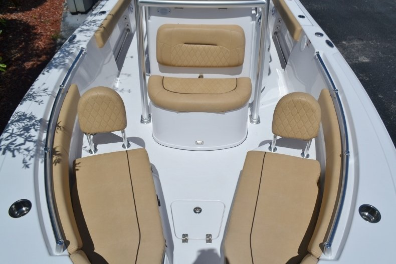 Thumbnail 13 for New 2019 Sportsman Open 212 Center Console boat for sale in Fort Lauderdale, FL
