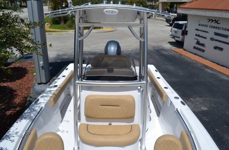 Thumbnail 14 for New 2019 Sportsman Open 212 Center Console boat for sale in Fort Lauderdale, FL