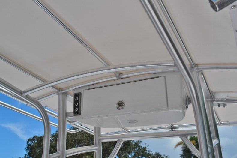 Thumbnail 18 for New 2019 Sportsman Open 212 Center Console boat for sale in Fort Lauderdale, FL