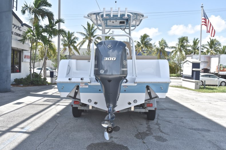 Thumbnail 6 for New 2019 Sportsman Heritage 241 Center Console boat for sale in Fort Lauderdale, FL