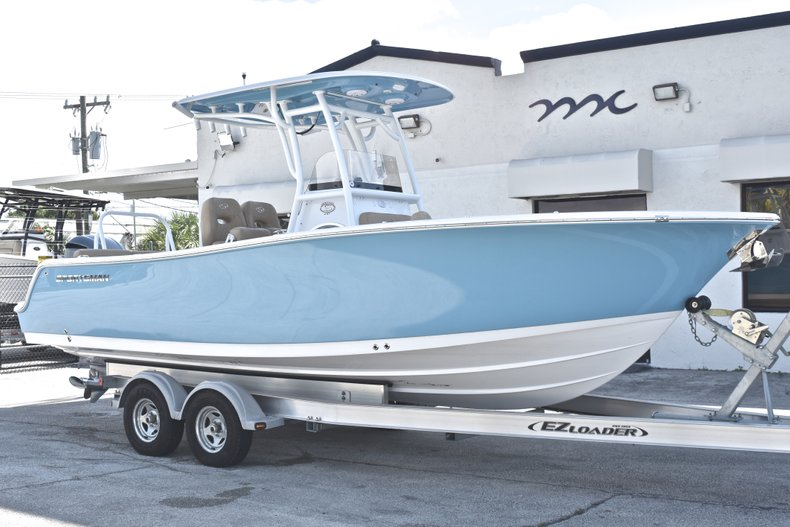 Thumbnail 1 for New 2019 Sportsman Heritage 241 Center Console boat for sale in Fort Lauderdale, FL